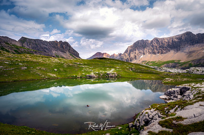 Sanetsch See oben halber Weg zur Cabane de Prarochet_Z624552-Signet-web.jpg