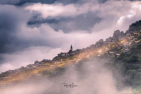 Veysonnaz-Nebelsommerwetter_DSC6187-Signet-web.jpg