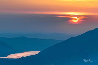 Sonnenuntergang über Arth und dem Rossberg