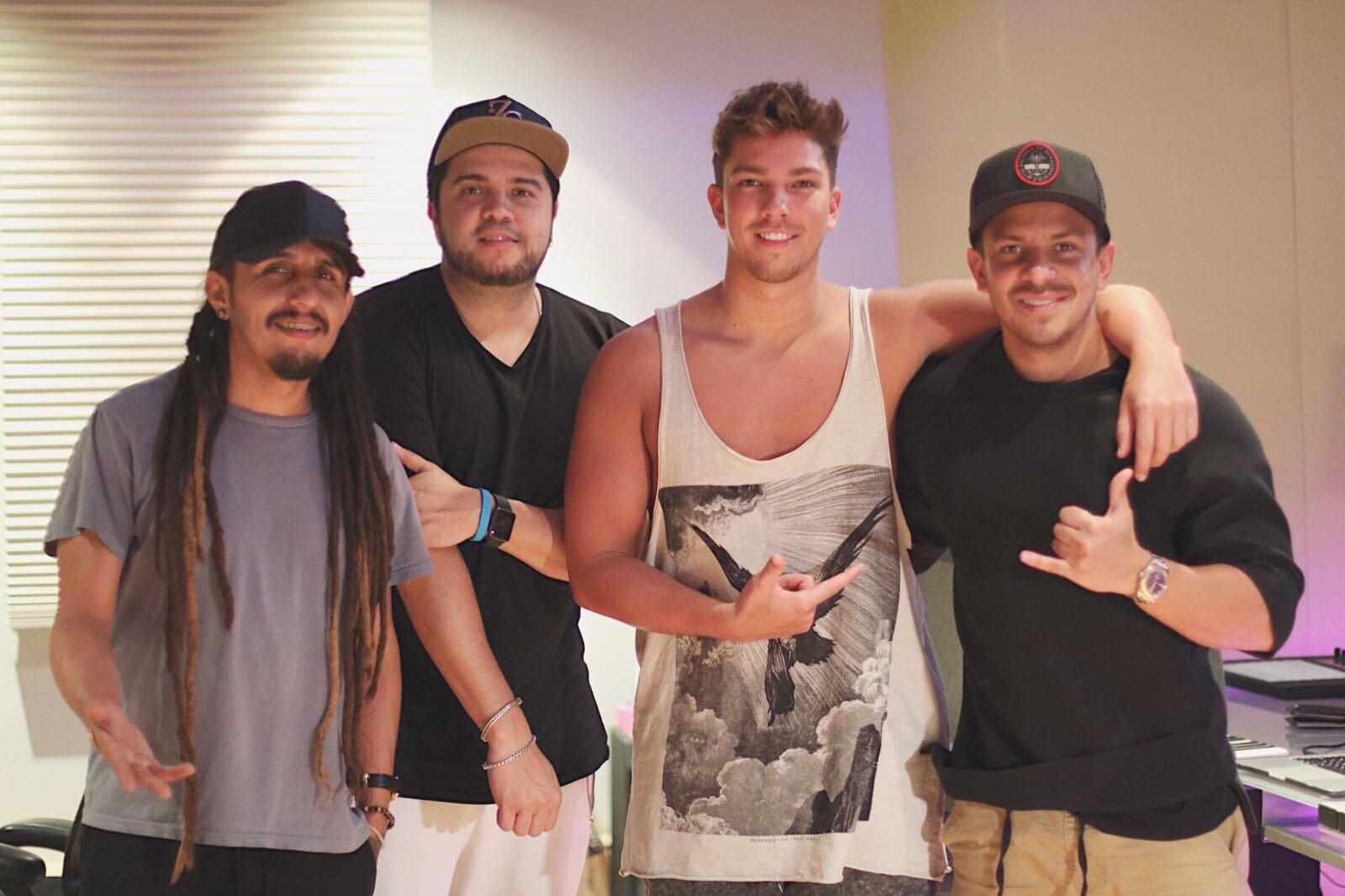 Patrick,Frank,Matt Terry,Oscarcito