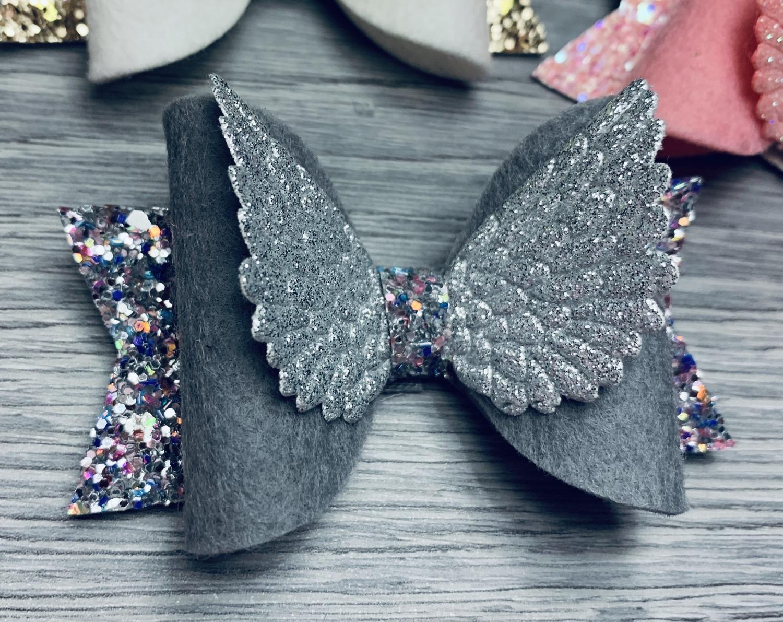 Thumbnail: Angel wing dolly bows