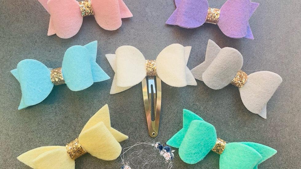 Spring felt bow collection