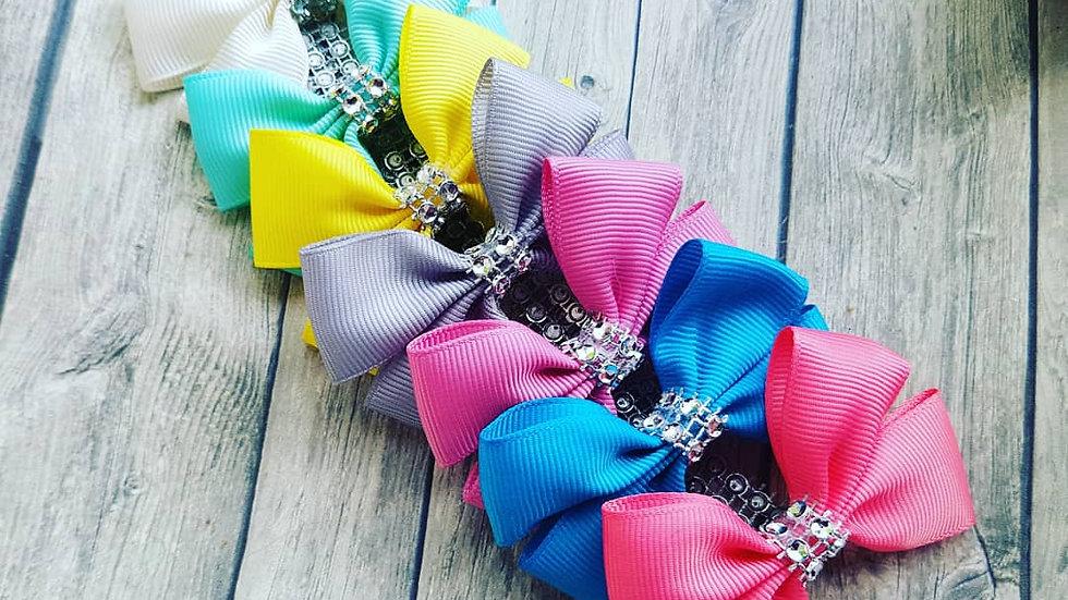 Plain ribbon bows