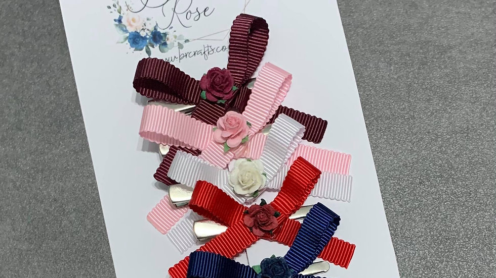 Floral Scalloped Handtied Bow