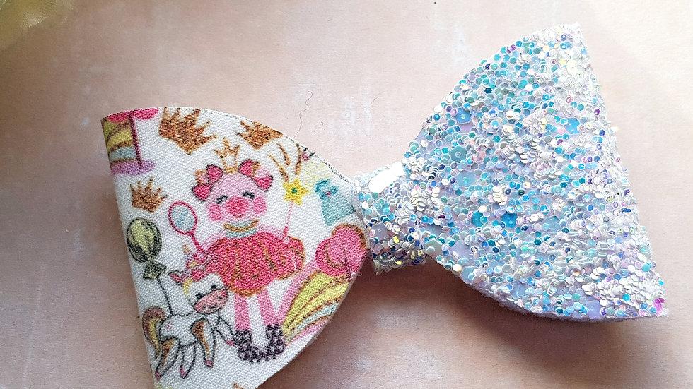 Princess pig hair bow