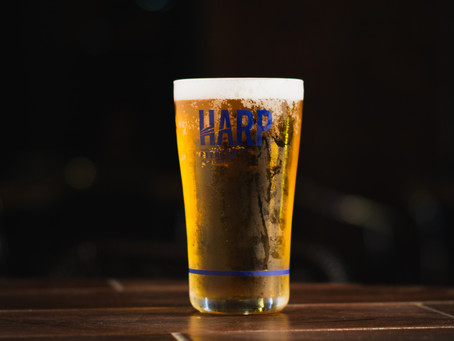 The Harp & Crown Sign a Marginal Sports Writer