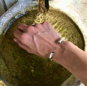 ancientgreekjewellery persephone green agate bezel bangle