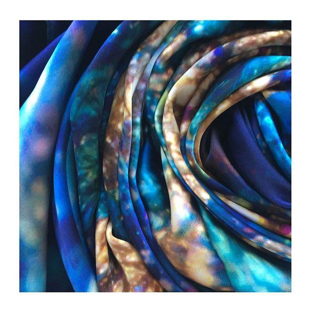 I N T U I T I O N _ 100% Greek Mulberry crepe satin silk scarf 💙_._._._._