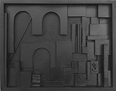 SITE _Relevo em  madeira e metal n.51 (2019) 34 x 43 cm. Esmalte sintético sobre madeira e