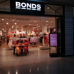 Bonds Chadstone
