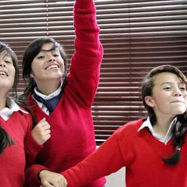 Give To Colombia Visits Hablando con Julis Classroom