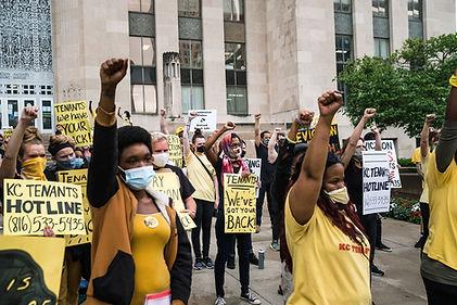200730-tenant-eviction-protest-kc-missou