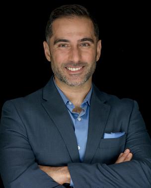Dr. Morad Askari   Plastic Surgeon
