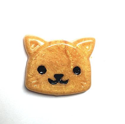 Shimmer Gold Kitty Needle Minder