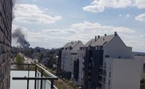 Incendie en cours dans un dépôt de peinture à Rouen