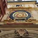 La Rue du Gros-Horloge, première voie piétonne de France