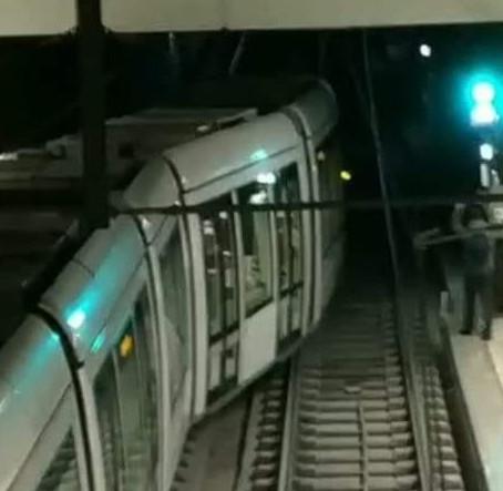 Un tramway de Rouen déraille entre la station Boulingrin et Beauvoisine