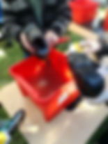 KDB cleaning shoe.jpg