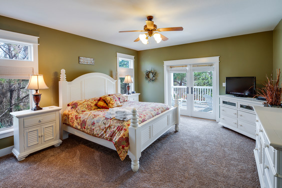 The 2nd master bedroom also allows you to spread out and enjoy your vacation