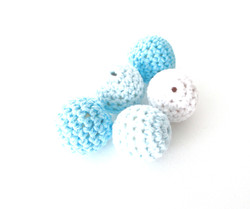 5 perles crochet 20mm blanc bleu turquoise joale