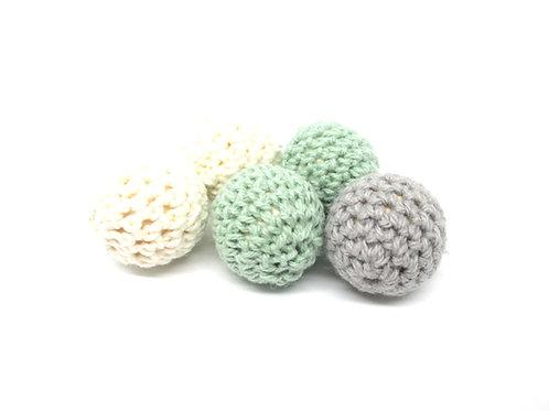 5 Perles en Bois et Crochet 20mm Ecru Gris Vert Tendre