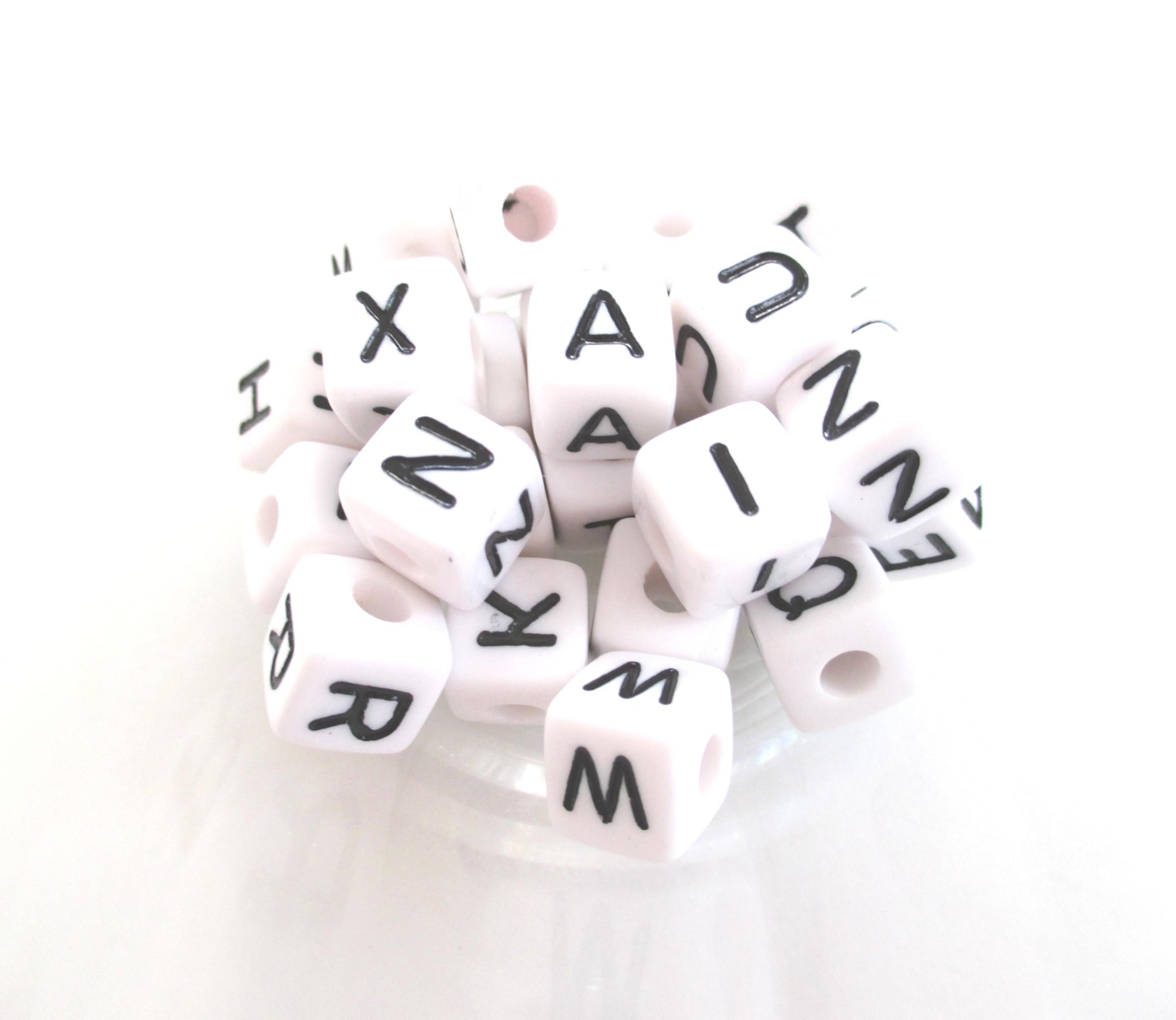 Perle alphabet pour attache tetine joale