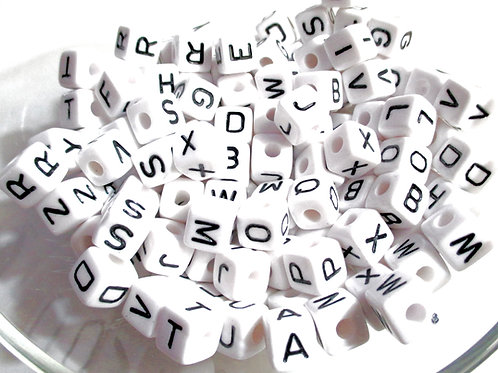 Lot de 100 Perles Alphabet Acrylique