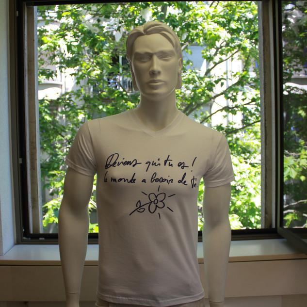 "T-shirt ""Deviens qui tu es"""