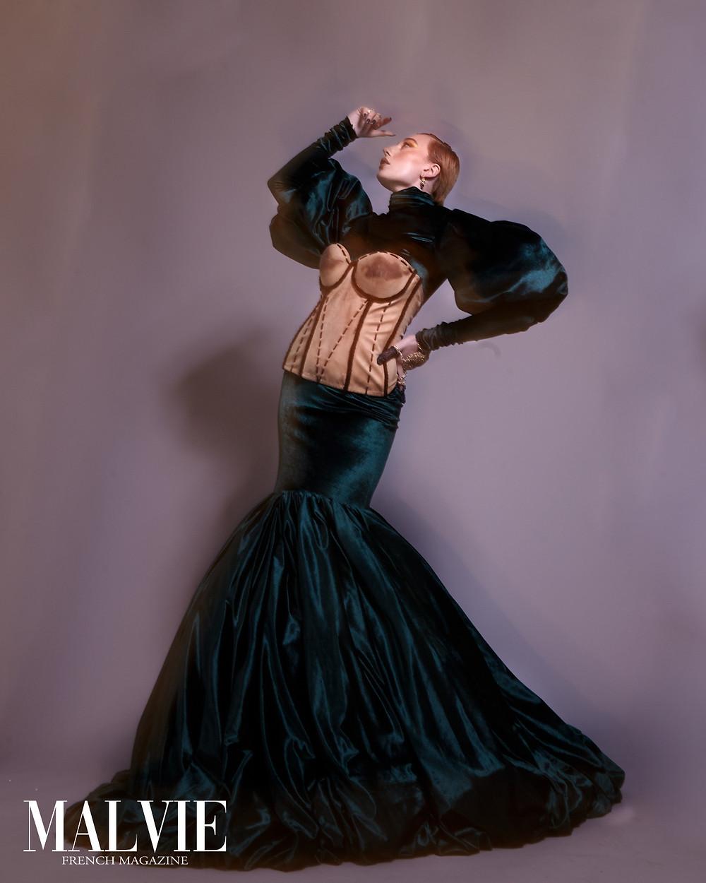 Photo: @sdc.photographique Stylist: @elliarnnaalicia MUA: @natasha_de_cazalet Model: @katiehodgson_ Via @officialkavyar