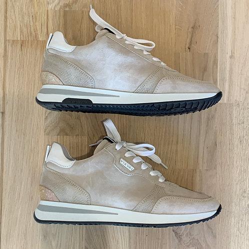 0202 Ecru suéde sneaker ViaVai