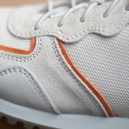 0165 Witte sneaker met oranje accenten ViaVai