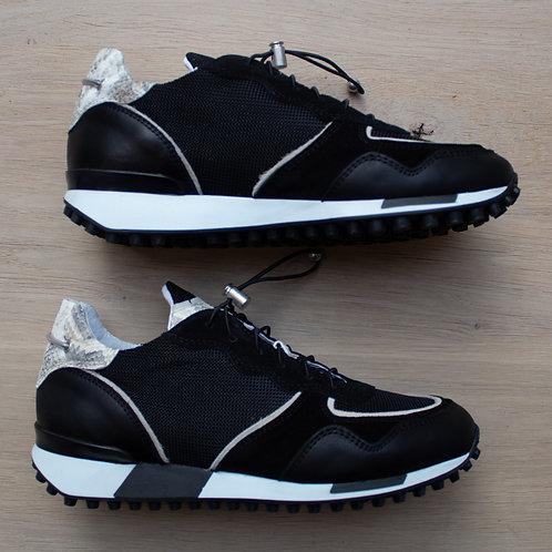 0167 Zwarte sneaker ViaVai
