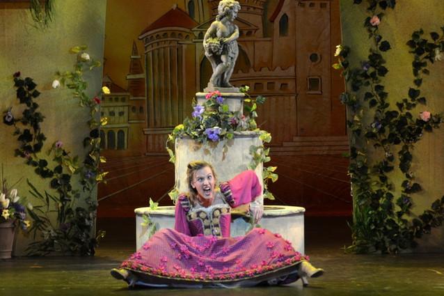 Kiss Me, Kate at the Merriam Theatre