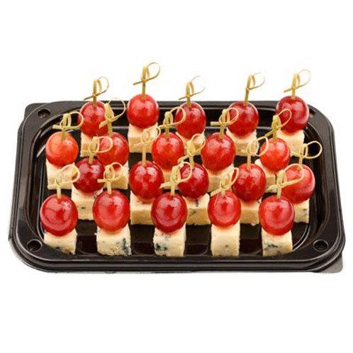 Канапе с помидором Черри и сыром Бри, 20 шт