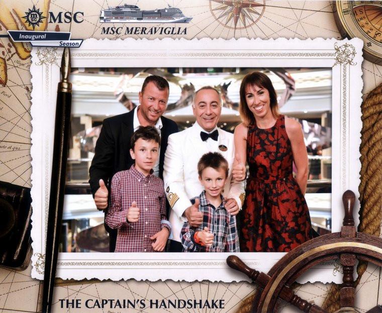 Notre fille et sa famille avec le Capitaine