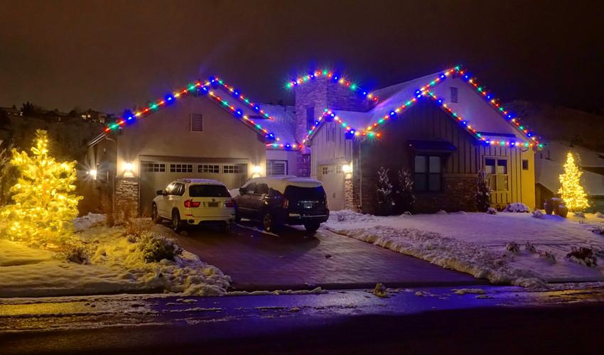 caughlin_ranch_christmas_lights_edited.j