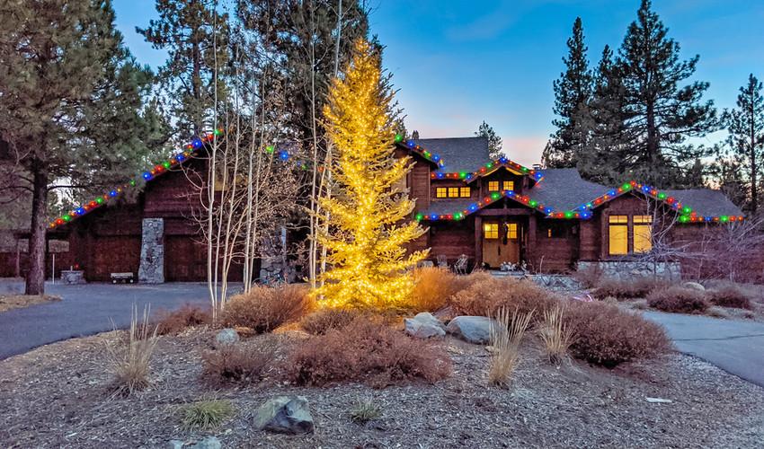 Incline_Village_christmas_lights.jpg