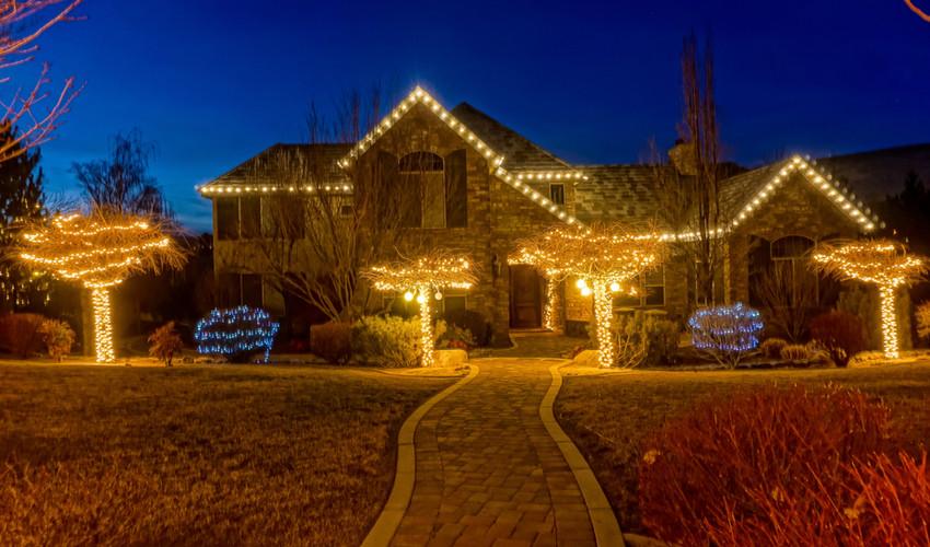 caughlin_ranch_christmas_lights.jpg