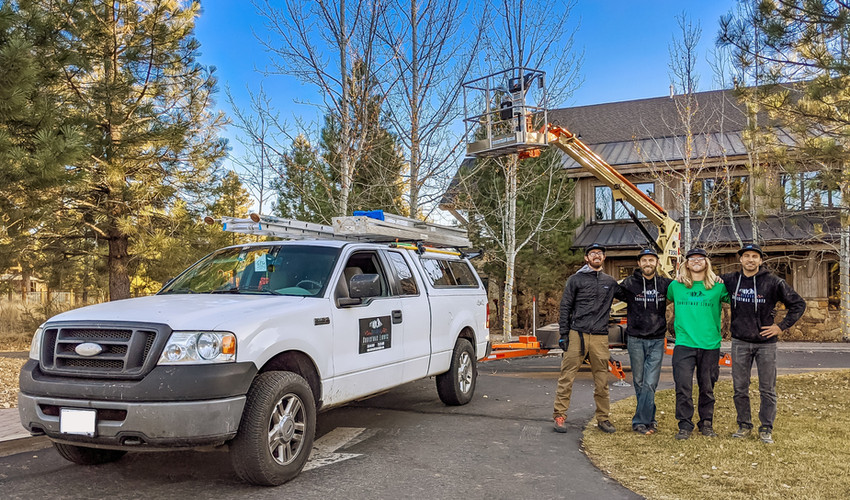 professional_christmas_light_installers.