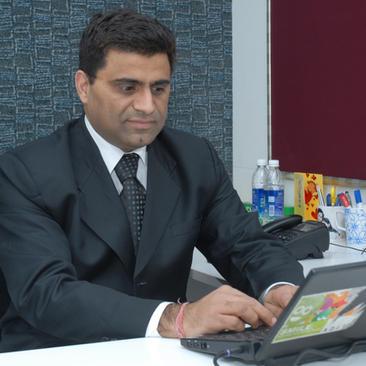 Vineet Kumar, AI/Big Data/Machine Learning, Small Business