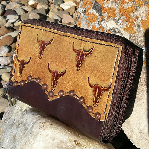 Preorder Steer Wallet Organizer. Ships in one week.