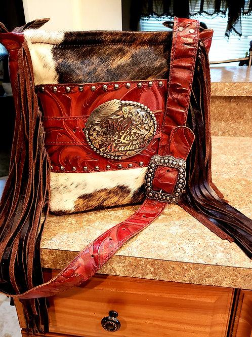 Interchangeable trophy buckle crossbody bag