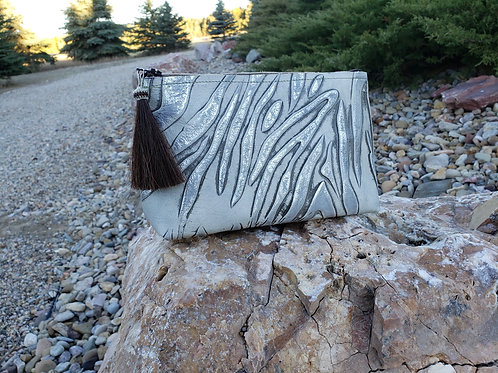 Silver Tiger Freestanding Cosmetic Bag
