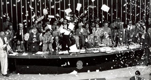 Promulgação-Constituição-1988-iloveimg-c