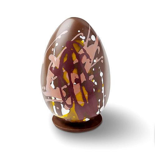 L'œuf coloré aux fritures de Pâques - chocolat lacté
