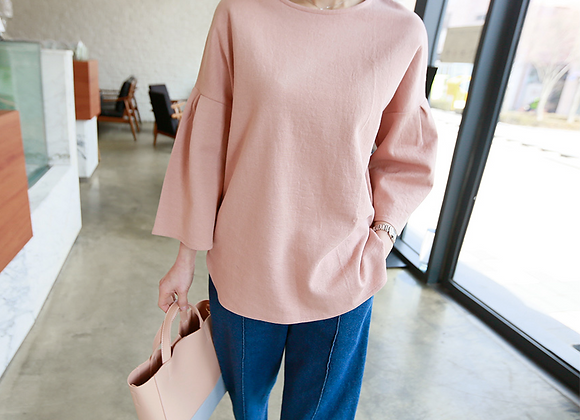 Grand Tulip Sleeve Top