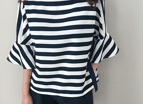Trendy Wide 3/4 Sleeve Stripe Top