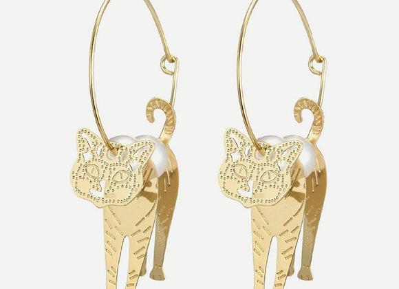 Cat Detail Hoop Earings