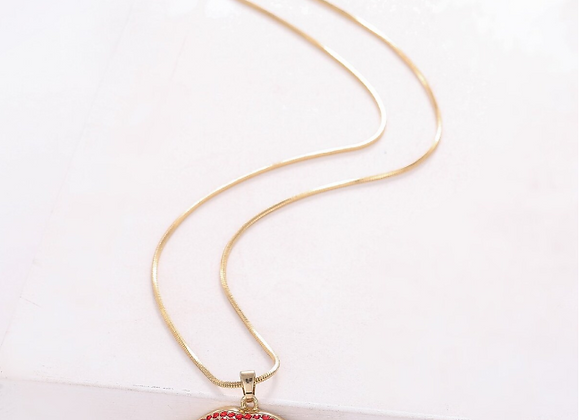 Rhinestone Lip Pendant Gold Plated Necklace