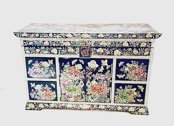 Mother of Pearl Double Door Chest Jewellery Box Inlaid with Magnolia Blossoms